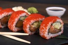 传统日本寿司-普遍的食物在世界上 库存图片