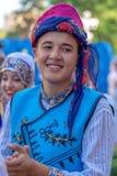 传统服装的年轻土耳其舞蹈家 库存照片