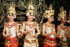 传统柬埔寨的舞蹈 免版税库存图片