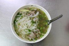 传统河内牛肉Pho越南街道食物 免版税库存照片