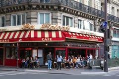 传统法国啤酒店La Rotonde,巴黎,法国 免版税库存图片