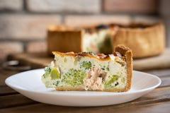 传统法国饼用烟肉和乳酪-乳蛋饼洛林 库存照片