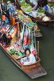 传统浮动的市场在曼谷 免版税库存照片