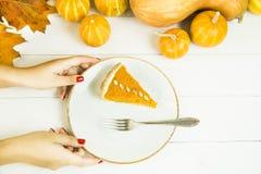 传统美国盘为在秋天时间的感恩天 库存照片