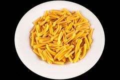 传统背景烹调食物意大利意大利面食钉书针的纹理 免版税库存图片