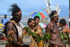 传统舞蹈屏蔽节日巴布亚新几内亚 免版税库存图片