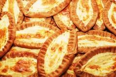 传统芬兰卡累利阿人的肉馅饼 库存照片
