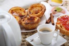 传统葡萄牙蛋糕 免版税库存图片