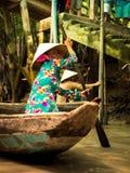 传统越南小船 免版税库存照片