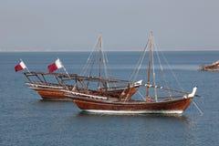 传统阿拉伯单桅三角帆船在多哈 免版税图库摄影