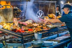 传统食物和饮料市场,蒙得维的亚,乌拉圭 库存照片