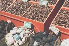 传统香料义卖市场用草本和香料在阿斯旺,埃及 免版税图库摄影