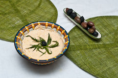 传统鱼卵的沙拉 免版税图库摄影
