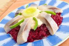 传统鲱鱼的沙拉 库存照片
