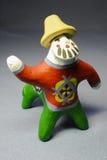 传统黏土玩具口哨人半马 免版税库存图片