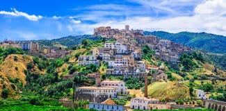 传统Corigliano Calabro村庄,卡拉布里亚,意大利 免版税库存照片