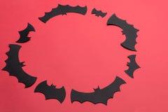 传统haloween在红色背景的标志商标的 库存图片