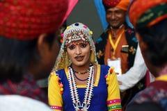 传统Rajasthani礼服的印地安女孩 库存照片