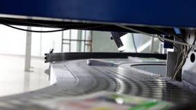 传送带在印刷厂里 影视素材