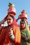 传统上加工好的Rajasthani舞蹈家 免版税图库摄影