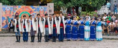传统中国的舞蹈演员 免版税库存图片