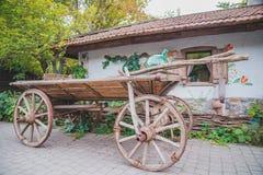 传统乌克兰推车 免版税库存照片