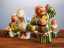 传统乌兹别克人纪念品-手工制造陶瓷小雕象 免版税库存图片