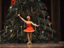 传统俄国女孩第二个行动第二领域糖果王国-芭蕾胡桃钳 库存照片