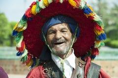 传统水卖主在马拉喀什 库存照片