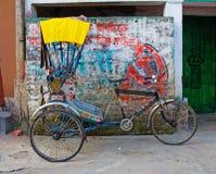 传统印地安人力车 免版税图库摄影