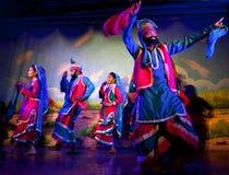 传统印地安舞蹈在克久拉霍,印度 免版税图库摄影
