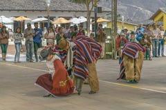 传统厄瓜多尔土产舞蹈陈列 免版税图库摄影
