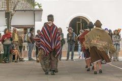 传统厄瓜多尔土产舞蹈陈列 库存照片