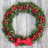 传统圣诞节花圈 库存照片
