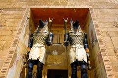传统埃及雕塑在公园 免版税库存图片