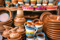 传统墨西哥黏土瓦器 免版税库存图片