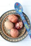 传统复活节彩蛋 免版税库存照片