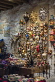 传统威尼斯式面具商店 库存图片