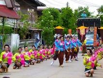 传统小圆面包轰隆Fai 泰国传统和文化 免版税库存照片