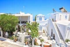 传统希腊房子在锡拉,圣托里尼,希腊 免版税库存照片