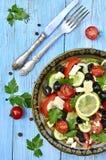 传统希腊的沙拉 免版税库存照片