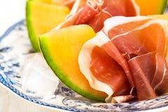 传统开胃菜意大利瓜的prosciutto 库存照片