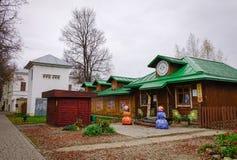 传统房子在苏兹达尔,俄罗斯 库存照片