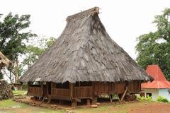 传统房子在露天博物馆在Wologai 免版税库存照片