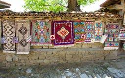 传统手工制造地毯在保加利亚 图库摄影