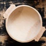 传统手工制造木碗 免版税图库摄影