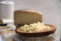 传统手工的乳酪,西班牙 库存图片