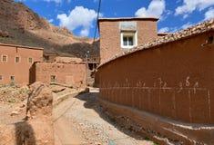 传统摩洛哥巴巴里人村庄 免版税库存图片
