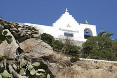 传统教会在有响铃的希腊 全景 免版税库存照片