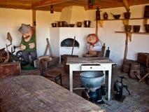传统斯拉夫的厨房内部, Leba,波兰 库存照片